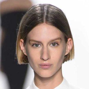 Carré court lissé Duo coiffure